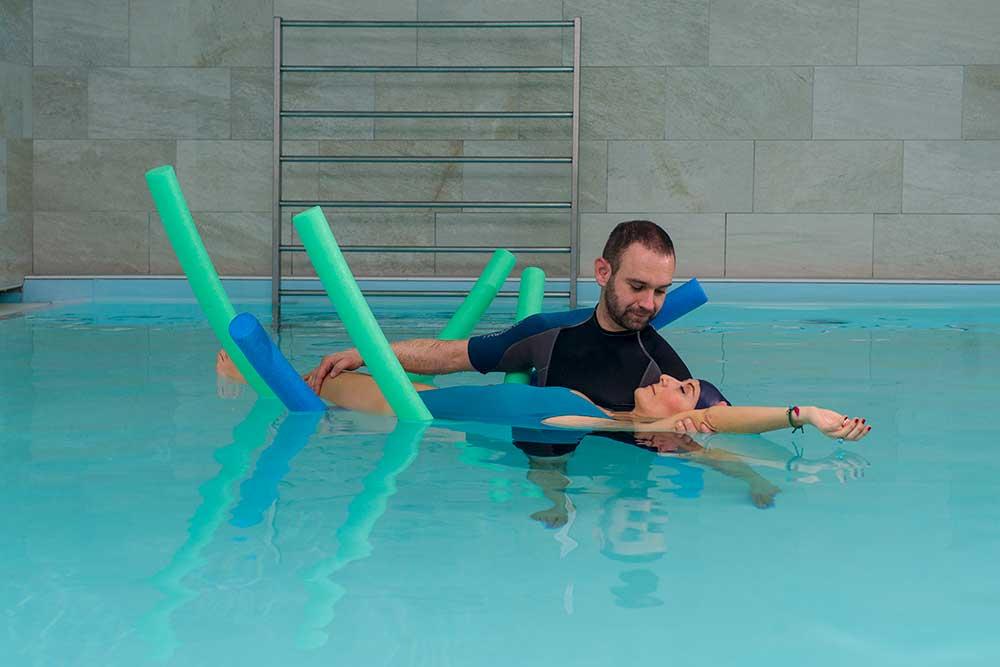 come curare lo stress: fisioterapia in acqua a Brescia