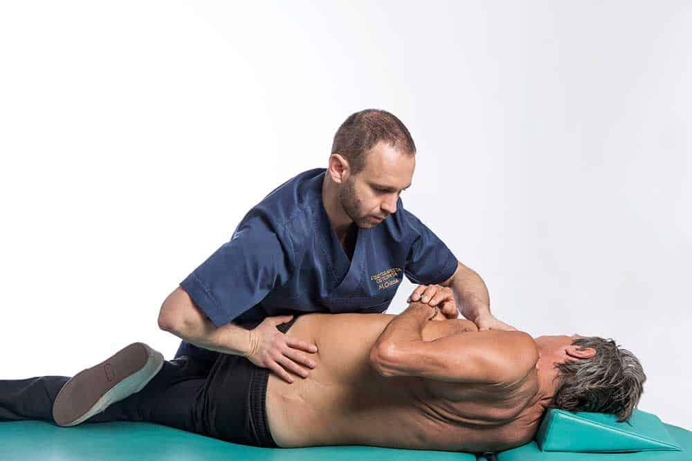 Terapia del dolore cronico: manipolazioni vertebrali e rinforzo muscolare a Brescia